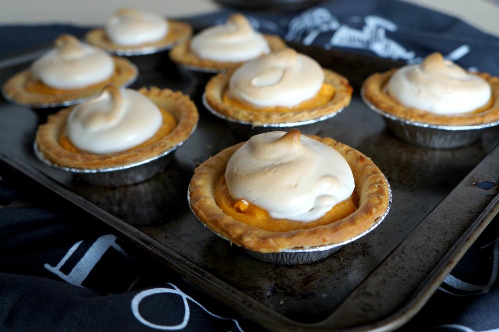 mini sweet potato pies | The Baking Fairy