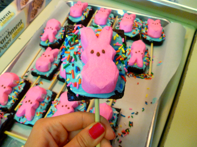 easter Peep brownie pops