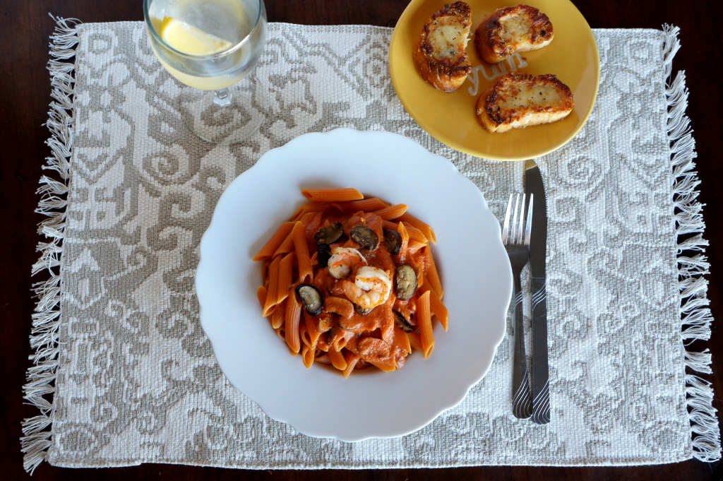 creamy shrimp and mushroom pasta | The Baking Fairy