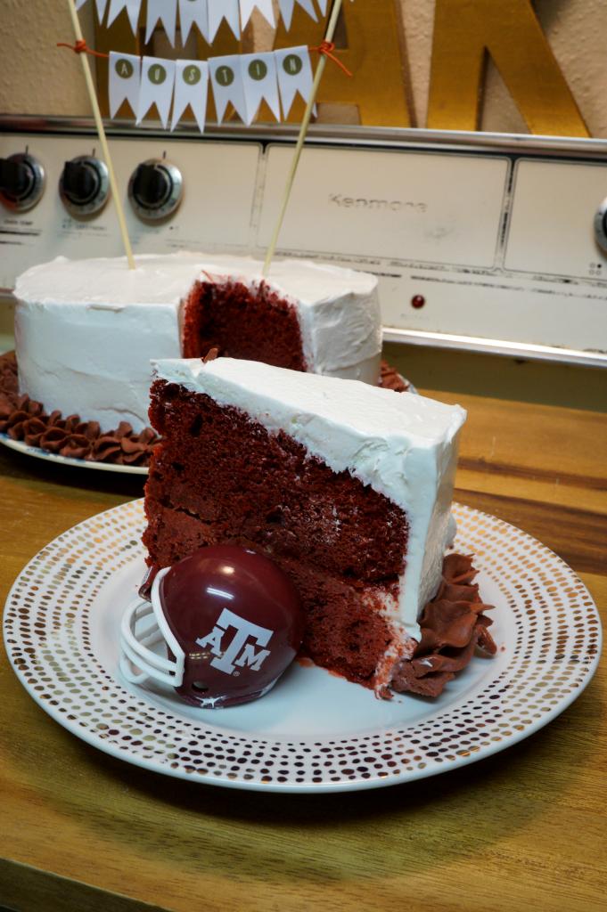 red velvet ice cream graduation cake   The Baking Fairy