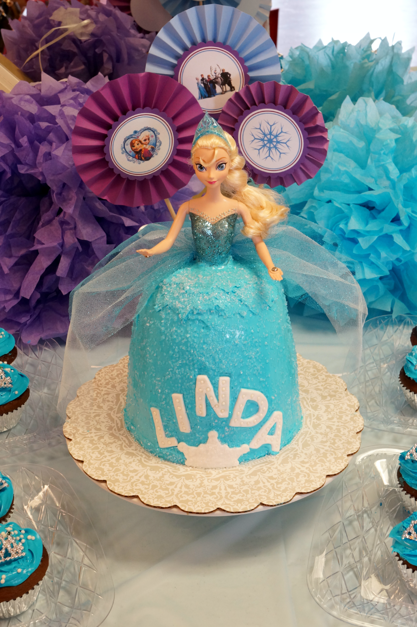 Sensational Queen Elsa Frozen Birthday Cake The Baking Fairy Personalised Birthday Cards Paralily Jamesorg