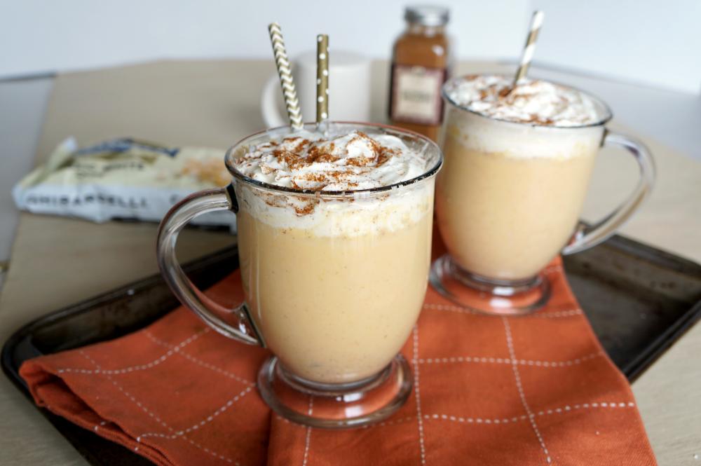 pumpkin white hot chocolate | The Baking Fairy