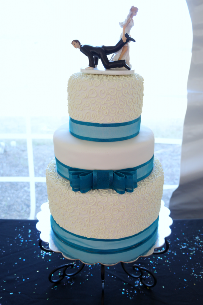 turquoise & white wedding