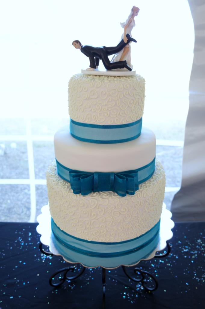 Allen Wedding Cake | The Baking Fairy