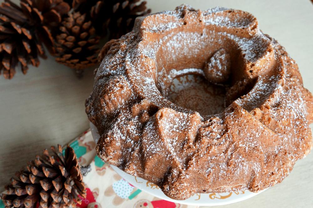 molasses spiced bundt cake   The Baking Fairy