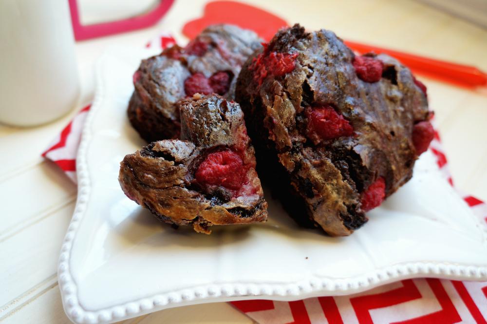 raspberry cheesecake brownies   The Baking Fairy
