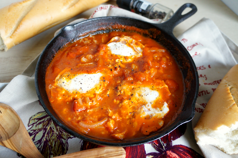 tomato sauce poached eggs | The Baking Fairy