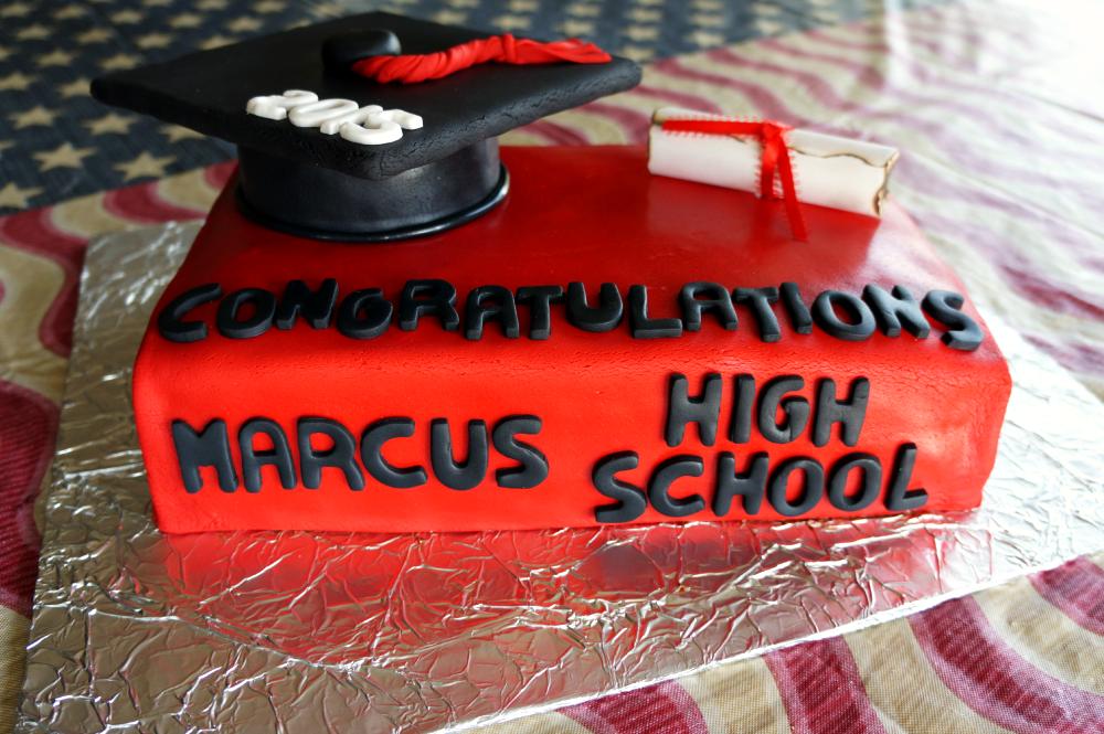 graduation cake | The Baking Fairy
