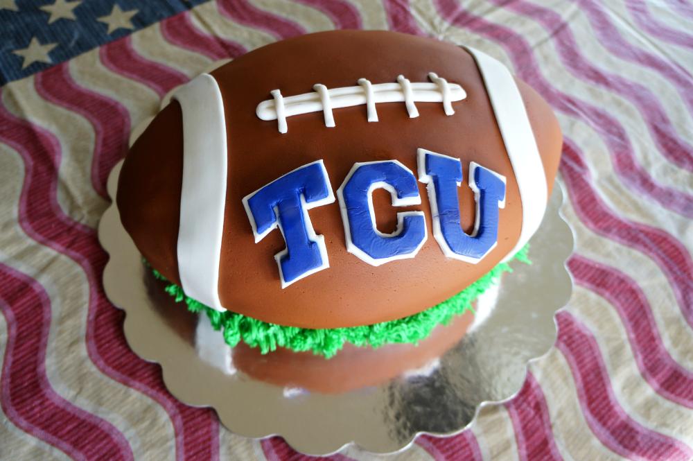 TCU graduation cake | The Baking Fairy