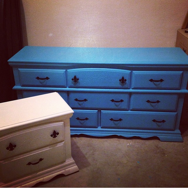 turquoise furniture makeover | The Baking Fairy