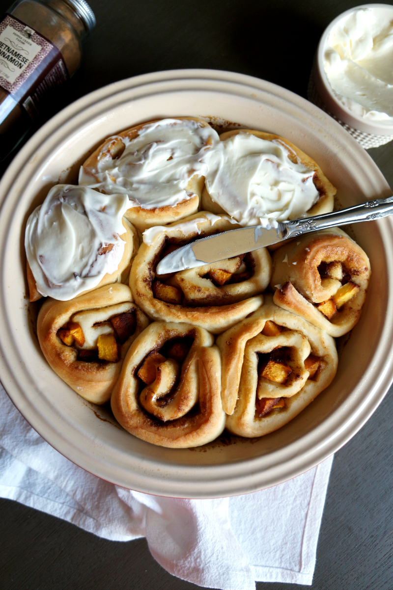 peach cinnamon rolls | The Baking Fairy