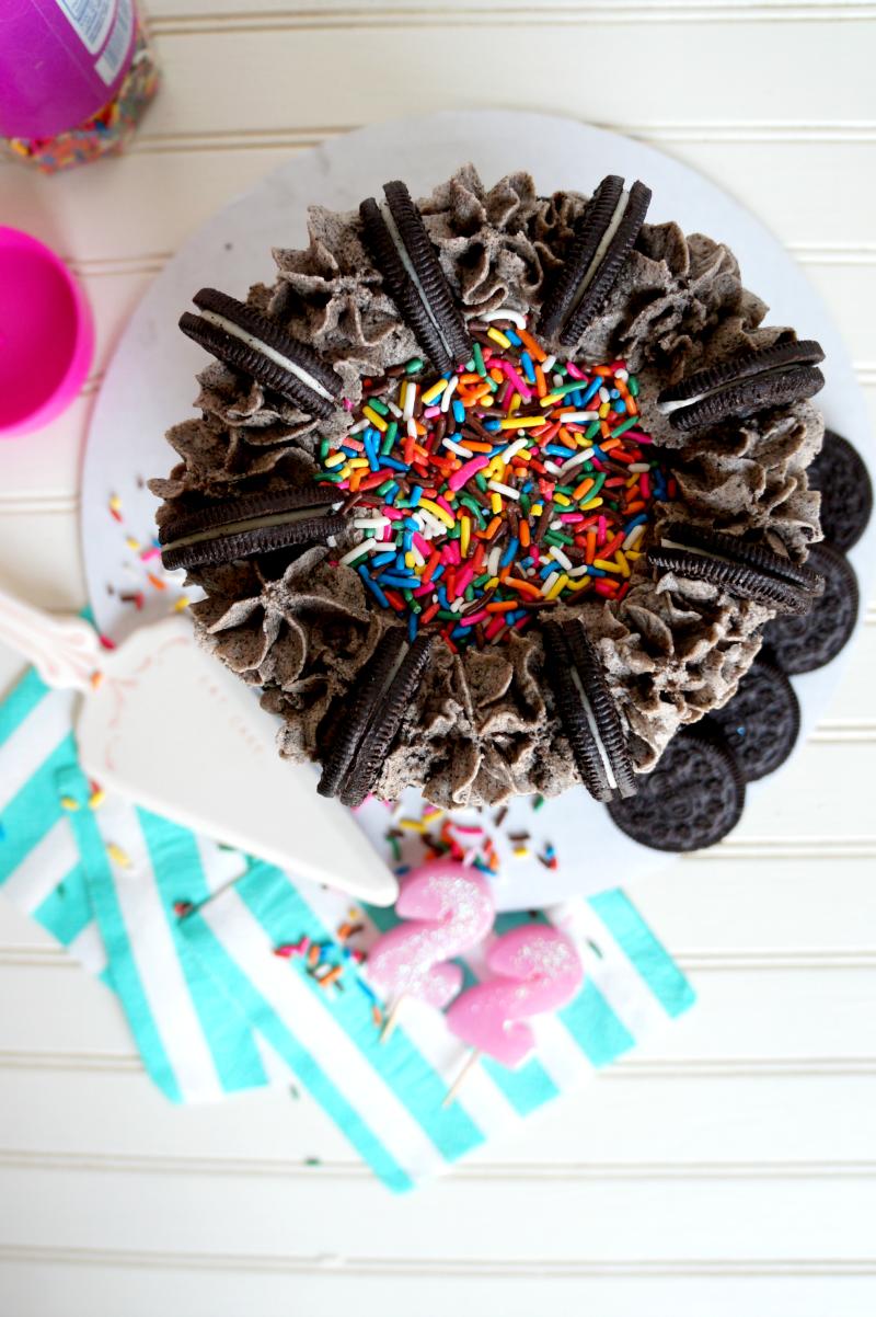 vegan cookies & creme cake| The Baking Fairy