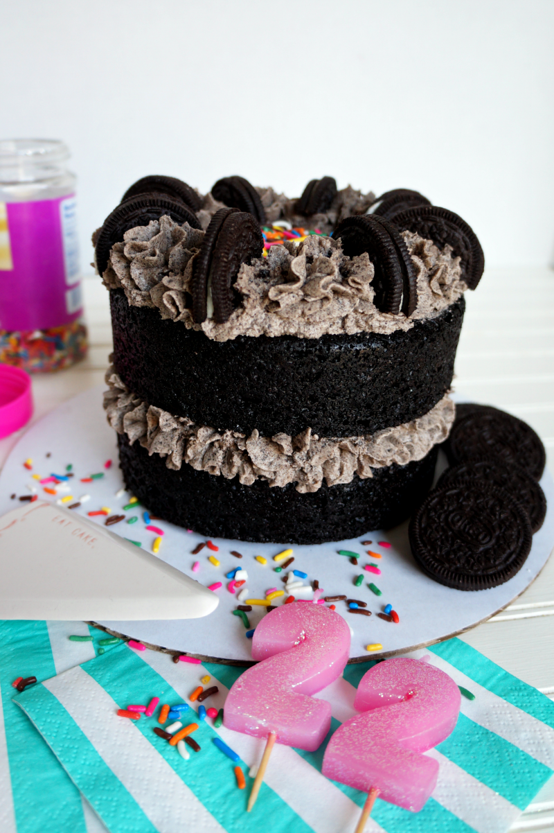 vegan cookies & creme cake | The Baking Fairy