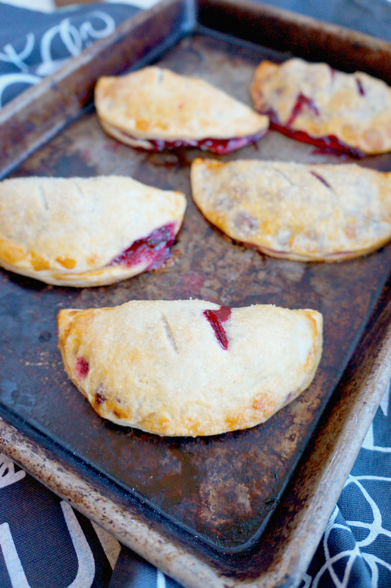 blackberry hand pies | The Baking Fairy