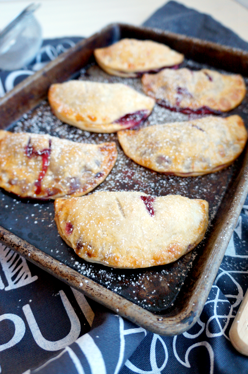 Blackberry Hand Pies The Baking Fairy