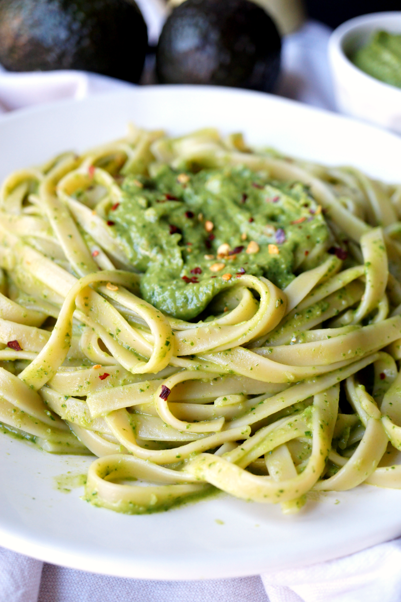 avocado pesto pasta | The Baking Fairy