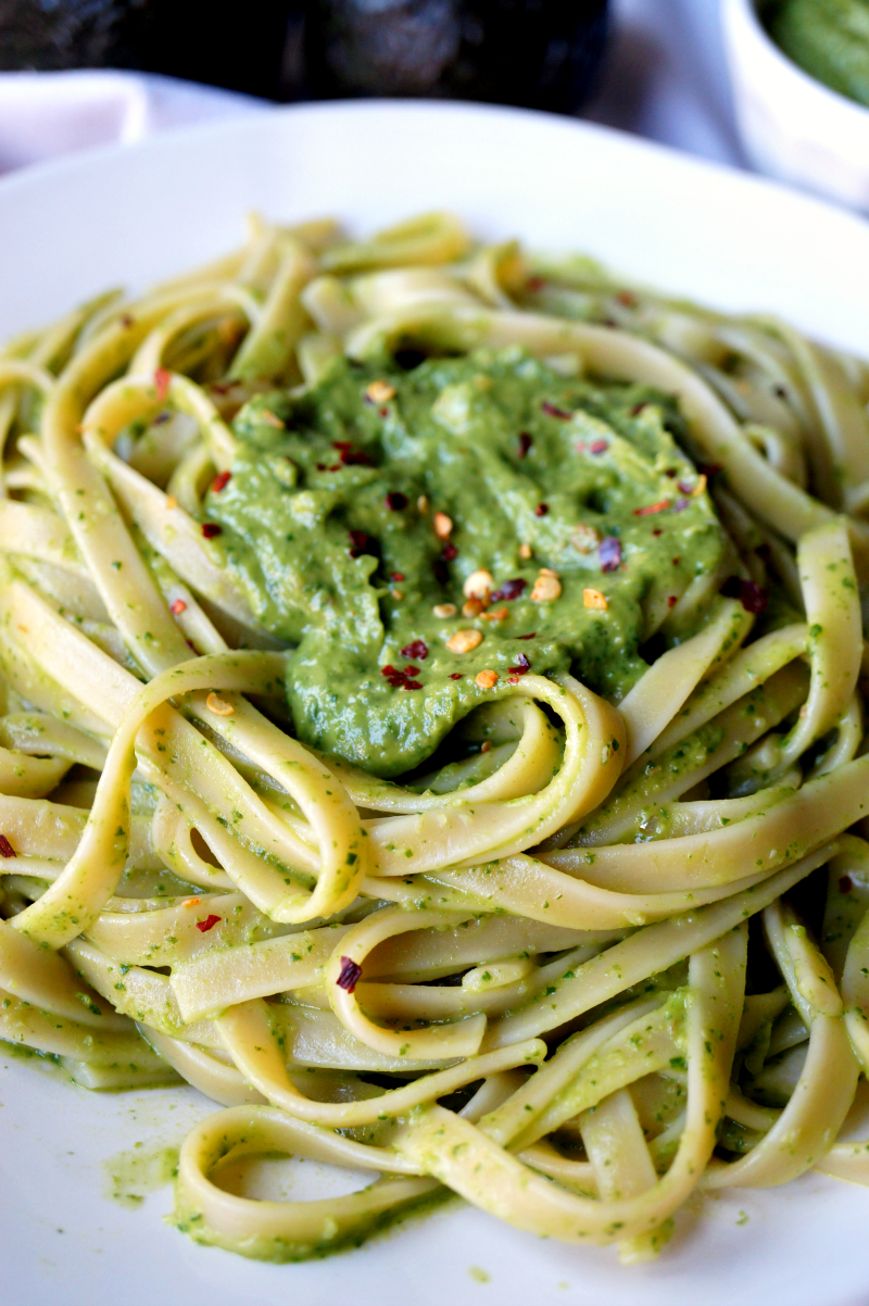 avocado pesto pasta | The Baking Fairy
