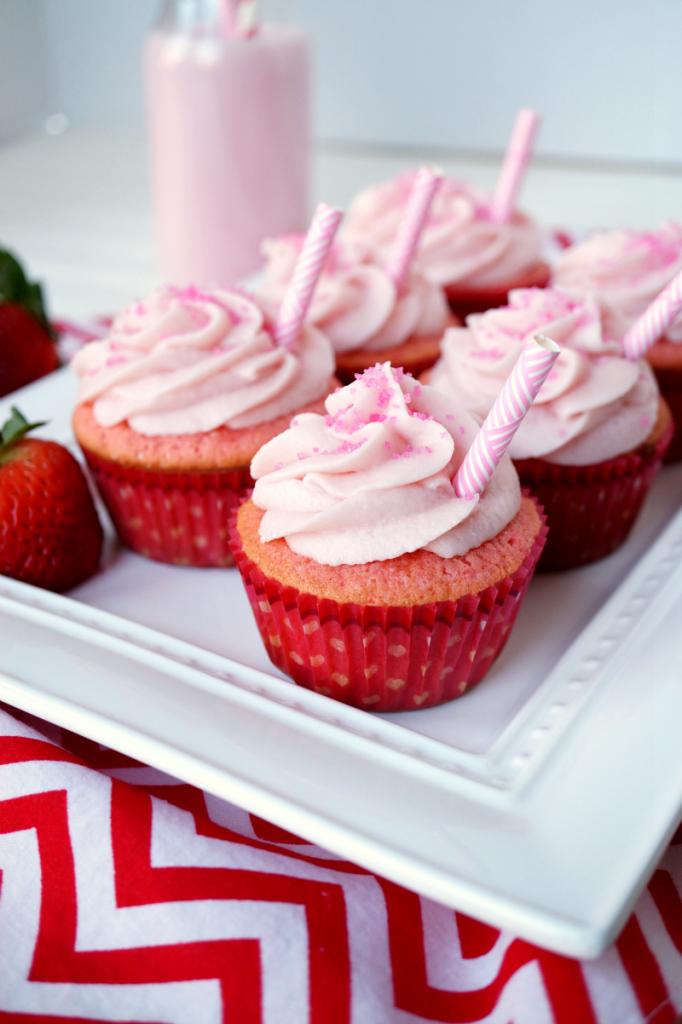 strawberry milkshake cupcakes {small batch}