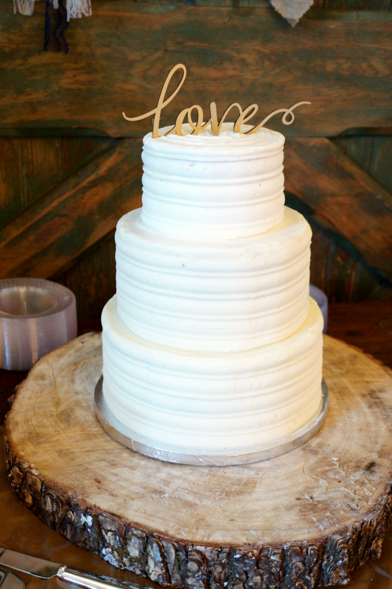 simple rustic wedding cake the baking fairy. Black Bedroom Furniture Sets. Home Design Ideas