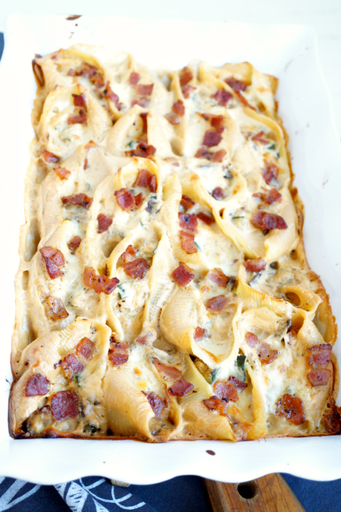 veggie alfredo stuffed shells with bacon
