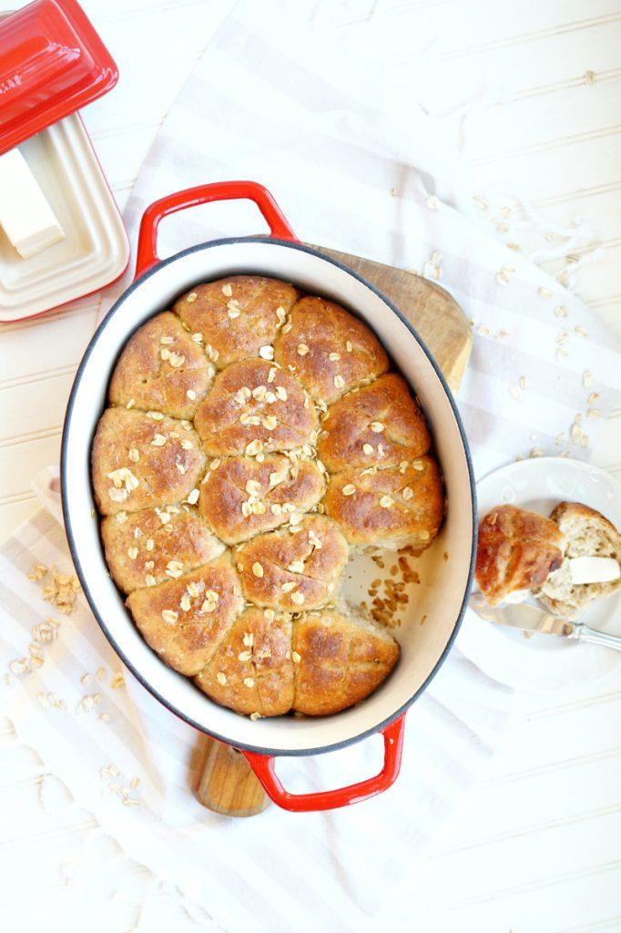 no-knead oatmeal rolls