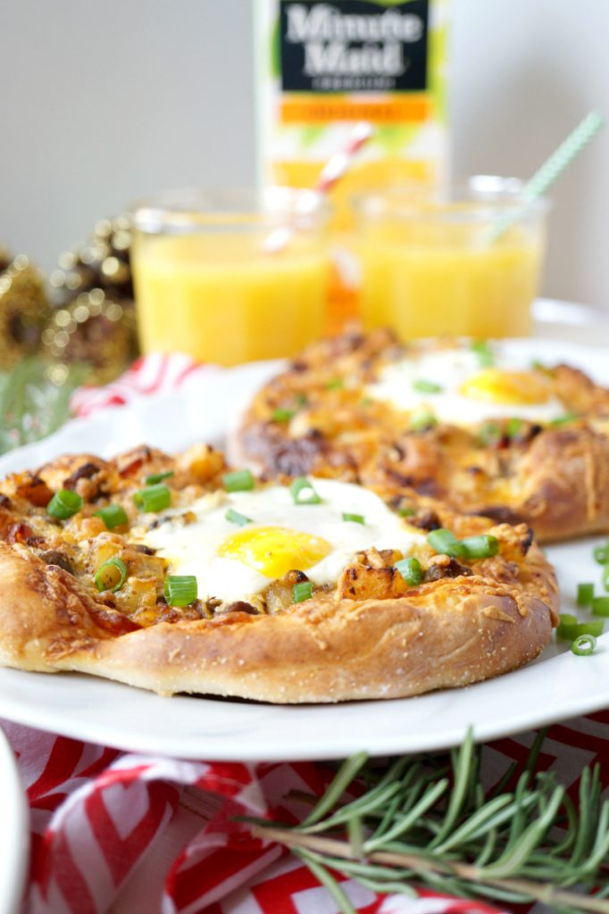 personal brunch pizzas