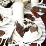 cookies and cream Oreo poke cake | The Baking Fairy