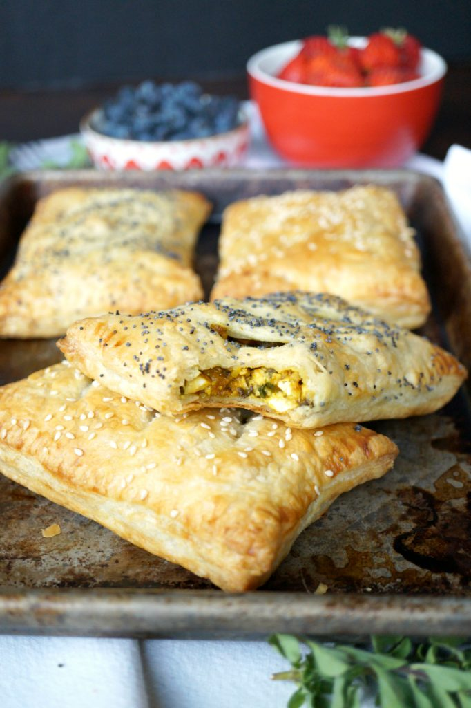 vegan tofu scramble breakfast pockets