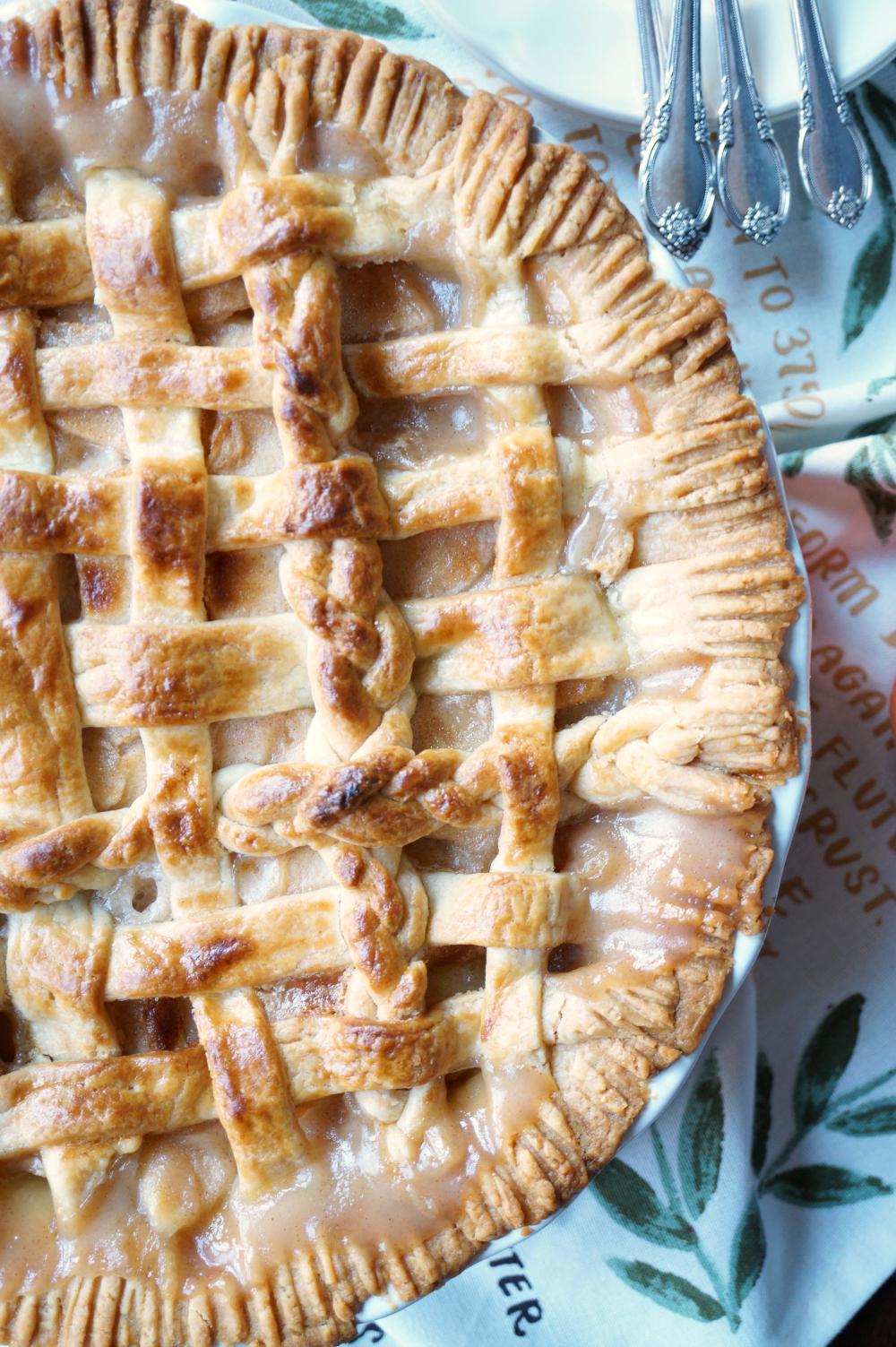 grandma's creamy apple pie   The Baking Fairy