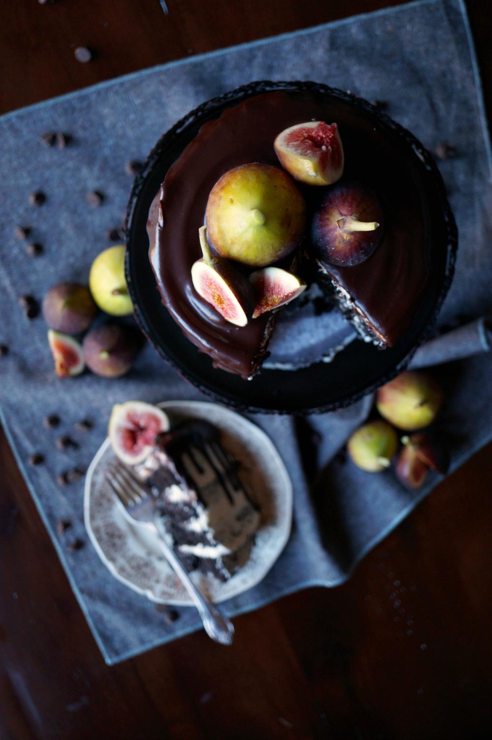 vegan fig dark chocolate layer cake | The Baking Fairy