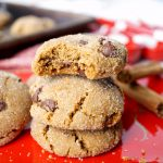 vegan chocolate chip molasses crinkles cookies | The Baking Fairy