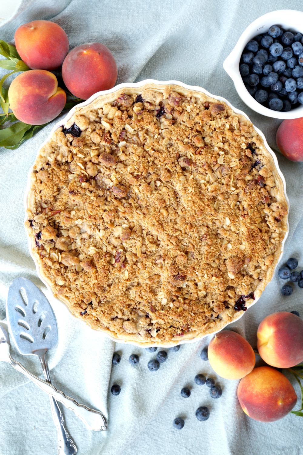 blueberry peach pie with pecan streusel | The Baking Fairy
