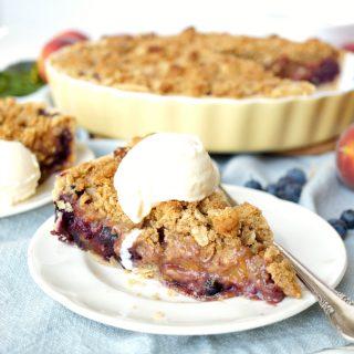 blueberry peach pie with pecan streusel | The Baking Fairy #FarmersMarketWeek