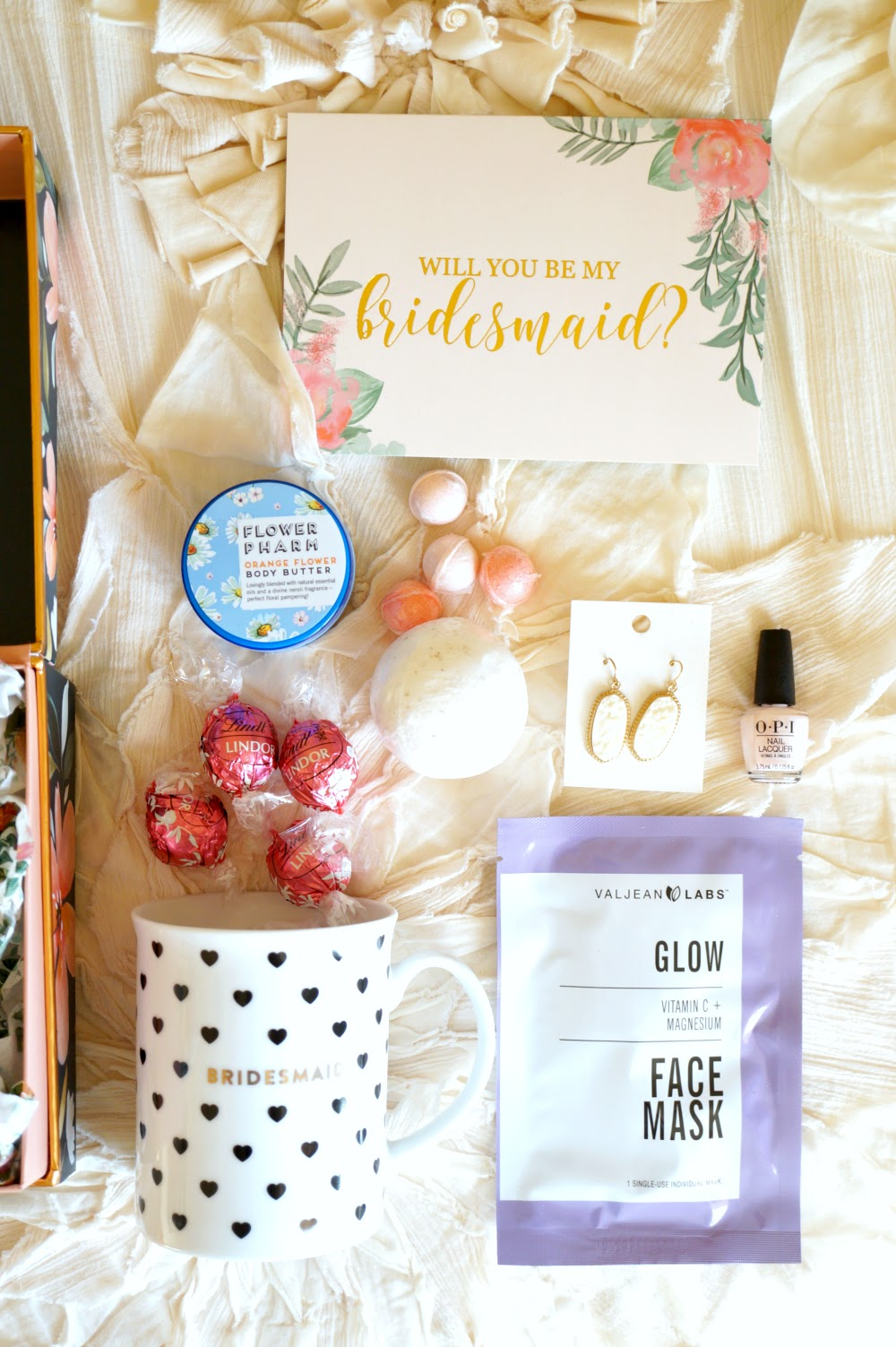 bridesmaid proposal boxes   The Baking Fairy