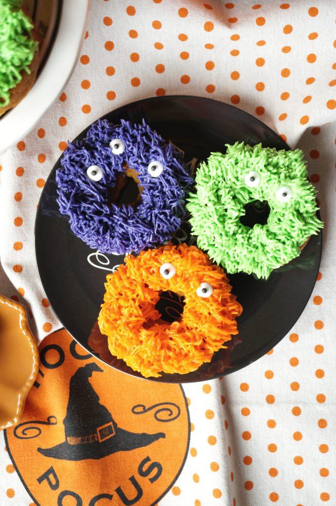 fuzzy monster donuts {pumpkin chocolate chip} #HalloweenTreatsWeek