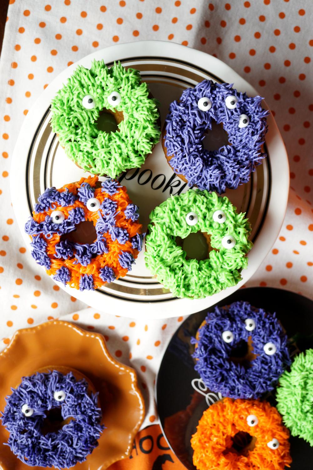 fuzzy monster donuts {pumpkin chocolate chip}   The Baking Fairy #HalloweenTreatsWeek