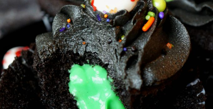 black chocolate cupcakes with slime filling #HalloweenTreatsWeek