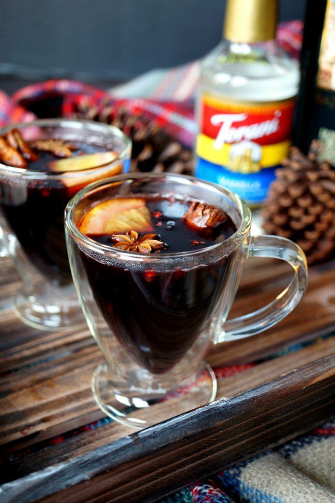 vanilla & spice hot mulled wine | The Baking Fairy #ChristmasSweetsWeek #JoyJolt #DrinkForJoy #ad