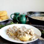 vegan biscuits & gravy | The Baking Fairy #BrunchWeek