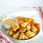 vegan chick'n nuggets with dipping sauce | The Baking Fairy