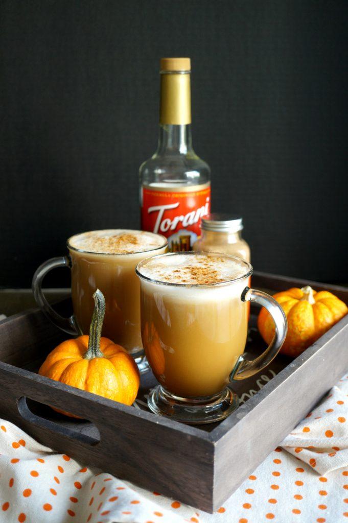 the best {and easiest} vegan pumpkin spice latte | The Baking Fairy #PumpkinWeek
