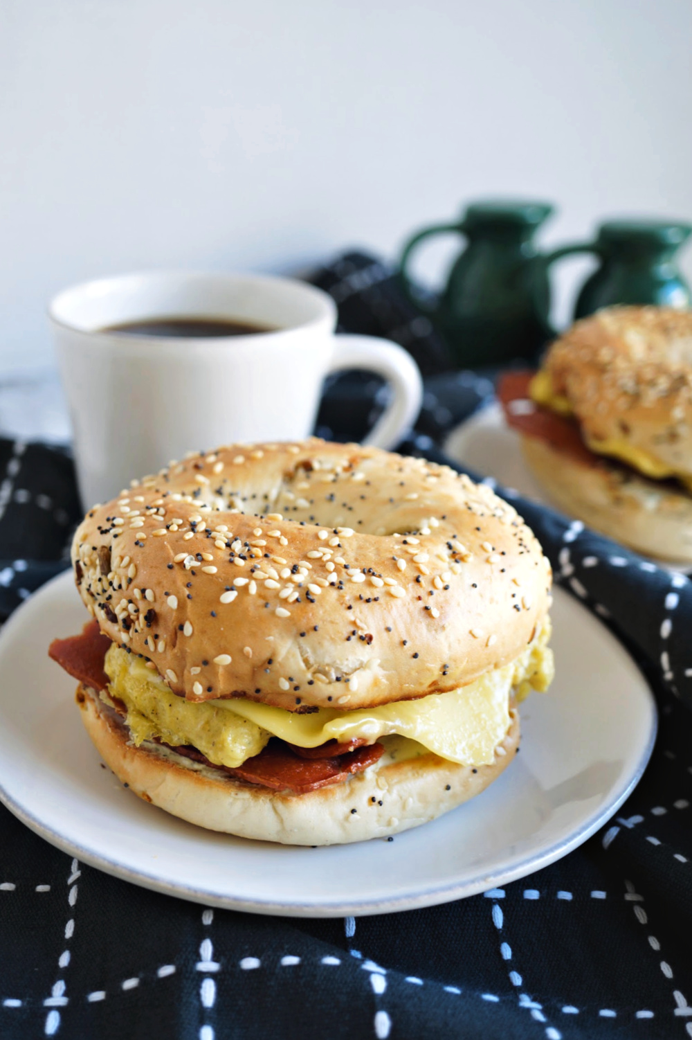 vegan breakfast bagel sandwich