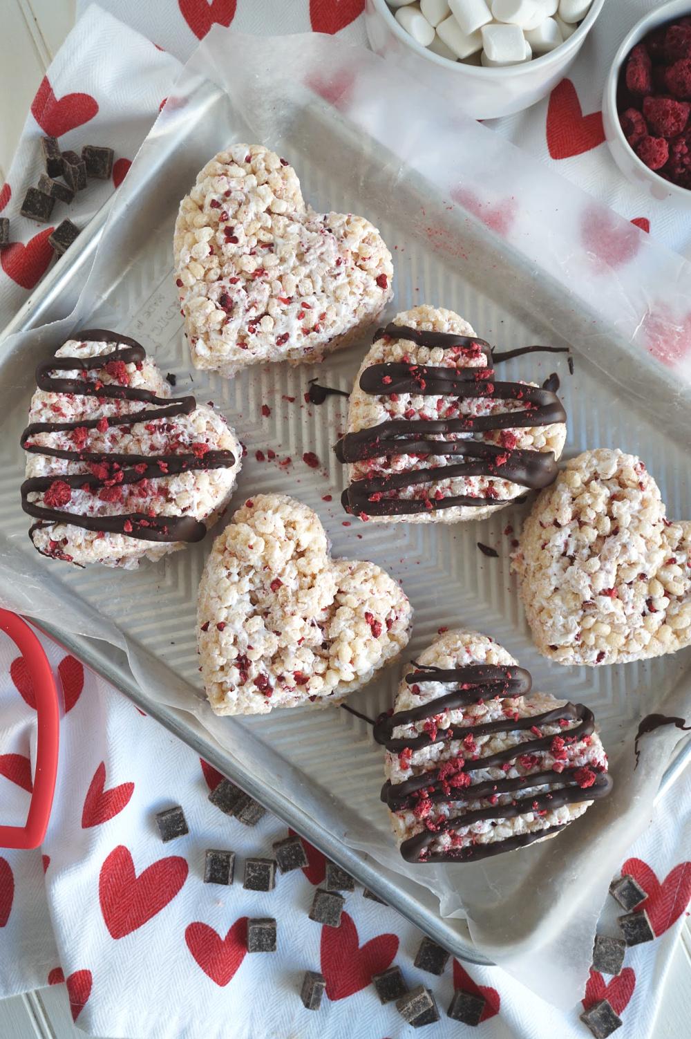 tray of raspberry dark chocolate rice krispie treats