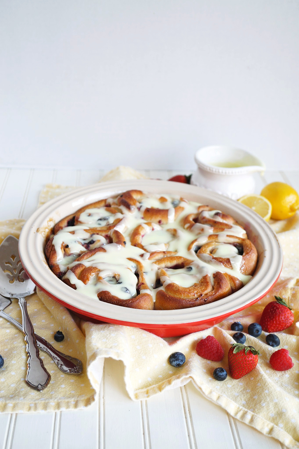 pan of lemon berry rolls