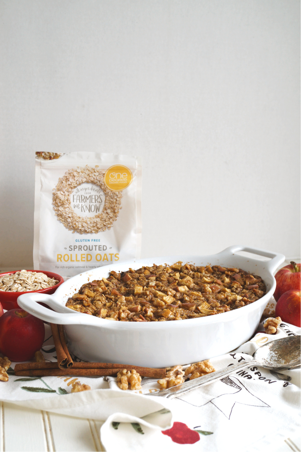 pan of apple cinnamon baked oatmeal