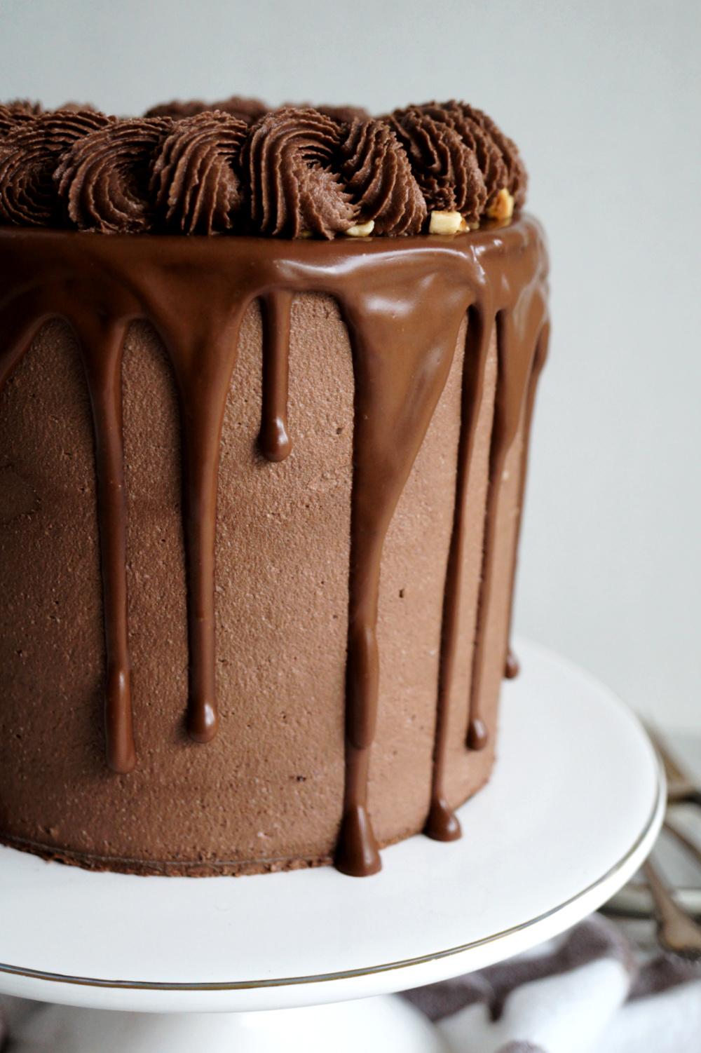 chocolate drip on side of cake