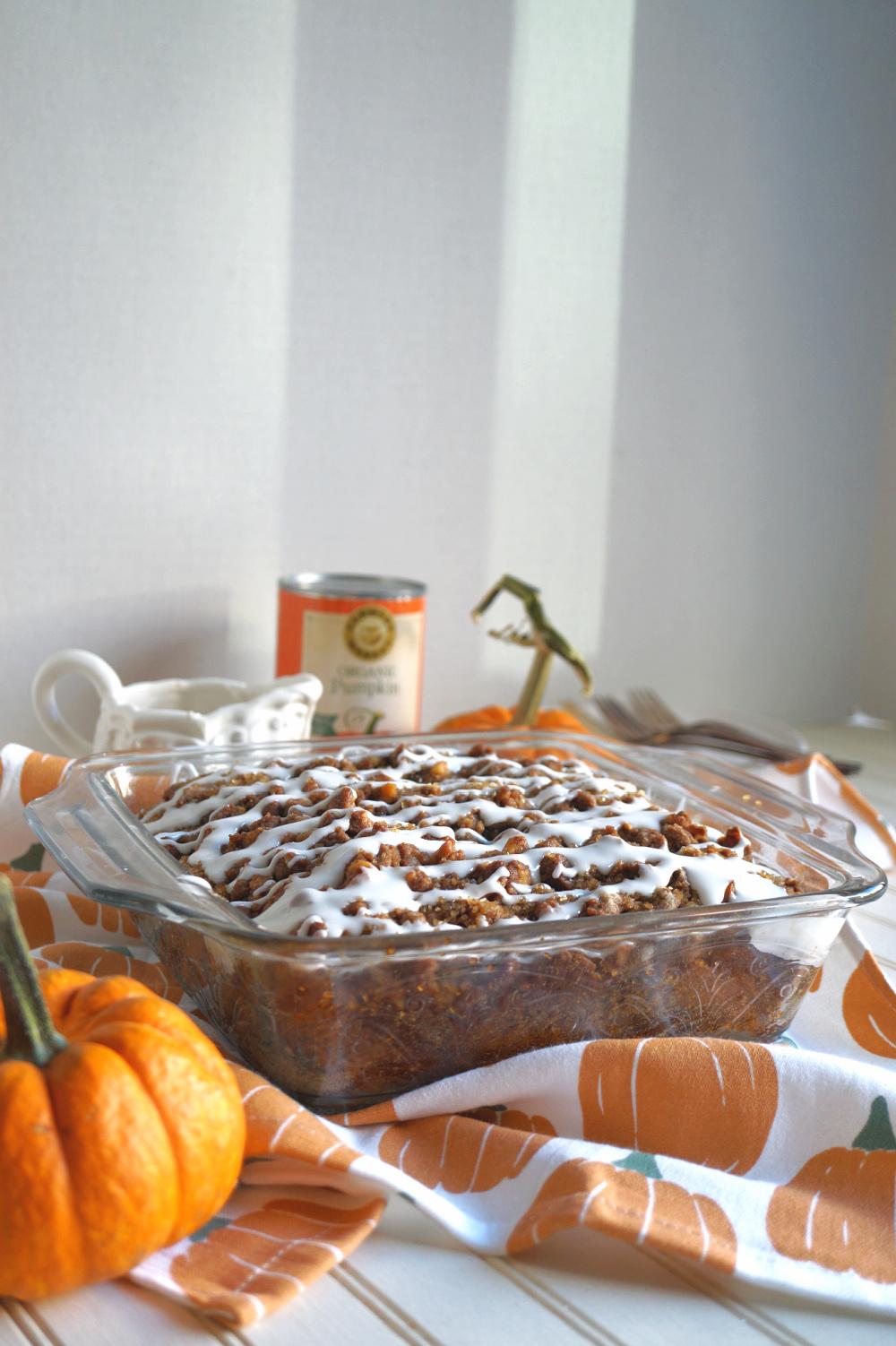 pumpkin coffee cake with glaze