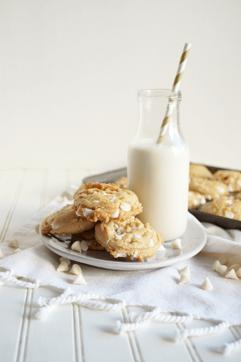 white chocolate macadamia cookies on plate